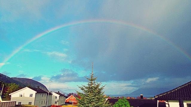 47 (16:2) - regnbue